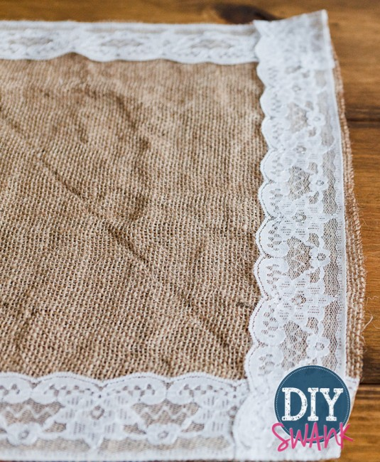 The outside took…I last the edge. sewed and I final  runner table burlap step around