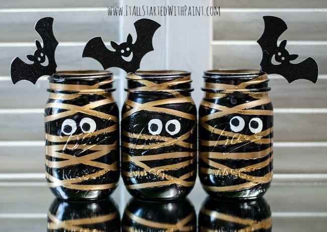 mummy-mason-jars-painted-4-watermarked