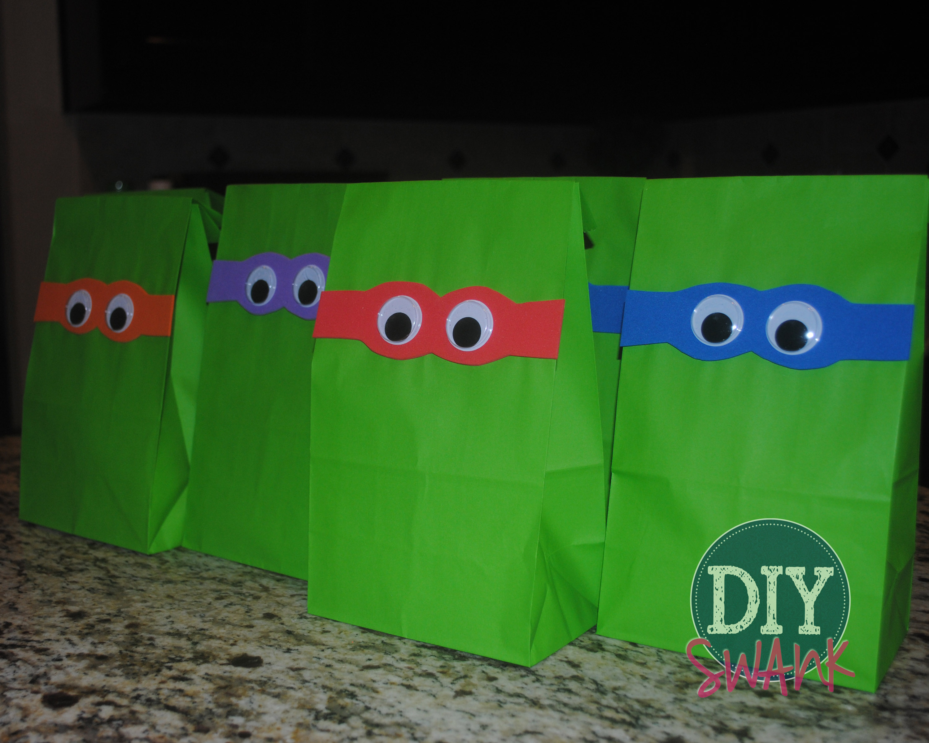 DIY Ninja Turtle Party Favor Bags | DIY SWANK