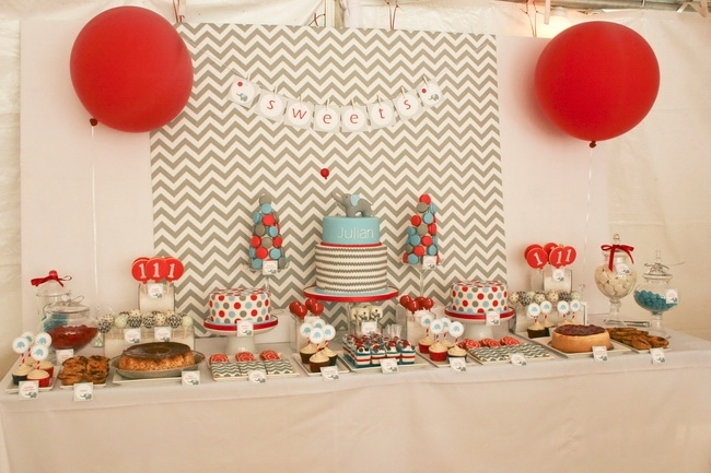 Cute boy 1st birthday party themes for Baby birthday decoration photos