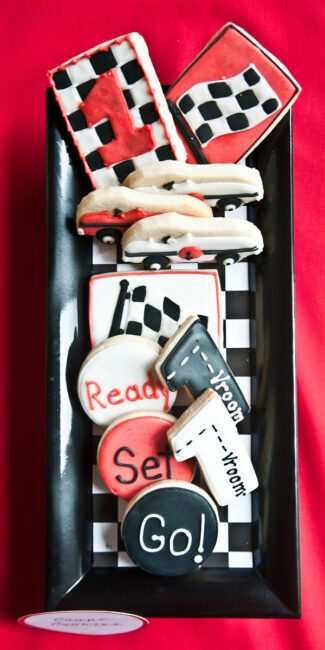 retro-diner-race-car-party-cookies